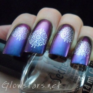 To find out how this look was achieved please visit http://glowstars.net/lacquer-obsession/2012/09/30-days-of-untrieds-delicate-print