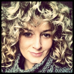 i have big curls i allways use redken fresh curls. I love this product