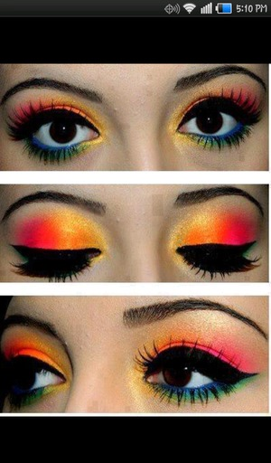 Bright colorful eye look!