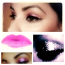 Katy Perry pink glitter eyes