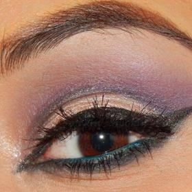 Soft Purple & Gold Cut Crease