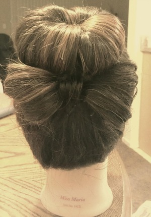 excuse my dolls frizzy hair..lol #quick idea.. ----THOUGHTS???--