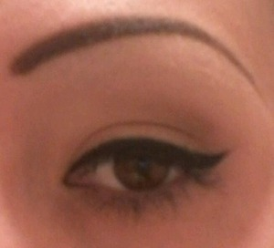 Work make up. I need to find a better mascara that will curl my lashes. Any suggestions out there? :)