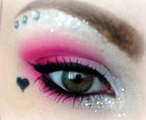 Valentines day inspired eye makeup