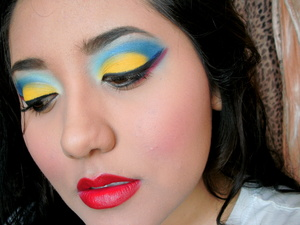 Snow white inspired makeup