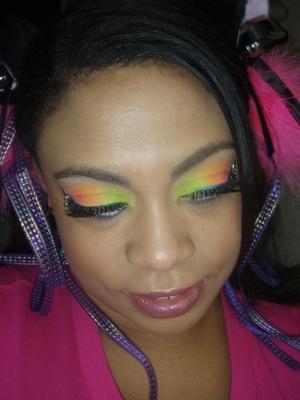 bright makeup for Identity Festival in Vegas http://makeupbyrachelbush.blogspot.com/2011/09/lotd-21-identity-festival-las-vegas.html