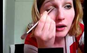 Simple 5 Minute Eye Make Up