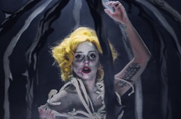 "Lady Gaga's ""Applause"" Video: Who Did the Makeup and Hair?"