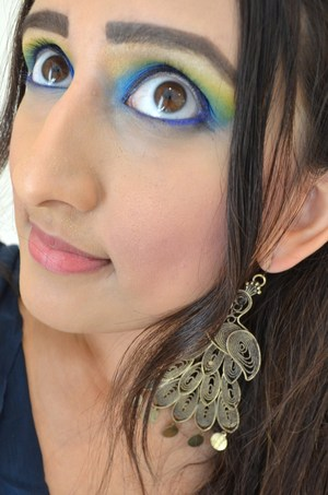 For more pics: http://mishmreow.blogspot.co.uk/2012/10/lotd-peacock-inspired-eyes.html