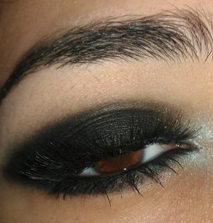 Vanessa hudgens golden globes inspired look :)
