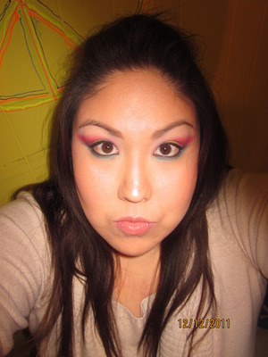 Was bored so I decided to do my makeup