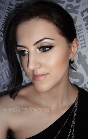Adele Oscar 2013 inspired makeup tutorial: http://www.youtube.com/watch?v=XKFWFvaVXhs