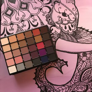 "ELEPHANTS never ""FORGET"" neither will you!! How ""AMAZINGLY BEAUTIFUL   the GRANDE PRO VOL 1 palette is. Such ""Outstanding Quality "" that Viseart is so well known for. I can't wait for Vol 2 or what ever comes next from VISEART. I ""LOVE"" all my Viseart eye shadows. :)"