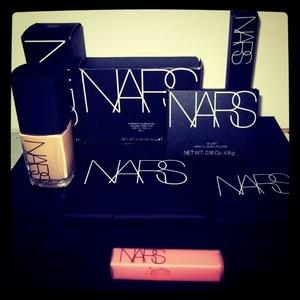 N.A.R.S <3