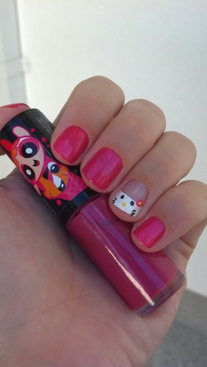 Love this kitty.. wanted to do this nail for a long time.. :)
