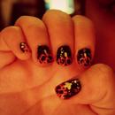 Halloween pumpkin nails.