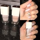 Nude & taupe nails