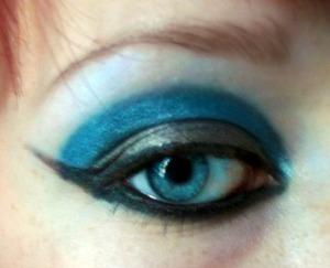 Blue cut crease :)