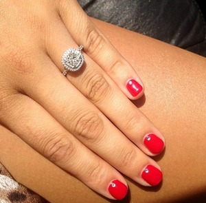 My new favourite thing to do is to add little diamonds to the middle bottom of my nails! Such a cute touch! I love it!