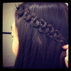 To achieve this look minus split ends and fly aways you must deep condition once a week and cold wash for healthy ends x