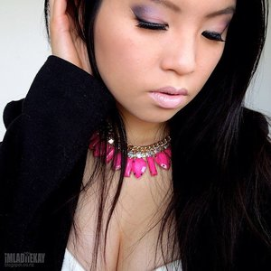 This look was inspired by Avril Lavigne's Hello Kitty MV.