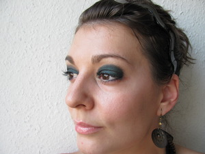 Party eye make-up