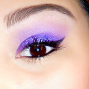 Glitter purple eye