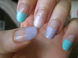 pastel tips (that is not clear nail polish on my cuticles, it's nail oil!)