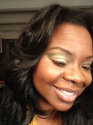 This is a natural everyday look with a little color to spice up your day. Video here: http://youtu.be/rI9dRebDmq8