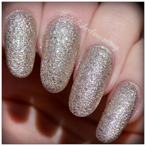 Swatch and review on the blog: http://www.thepolishedmommy.com/2014/01/loreal-the-statement-piece.html  #loreal #purchasedbyme