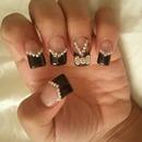 Diamond bow nails