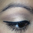 golden eyes!!!