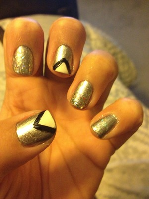 This nail art was so easy. I love the way it looks!!