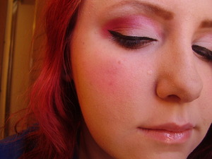My Valentine's Day look, recreated for a tutorial that can be found here: youtube.com/metalandmakeupx