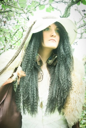 Photos by Avanda Mast Makeup & Hair by Jocelyn DeChenne Model: Beth'Ann Thanem Cole