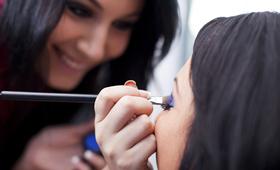 Becoming a Makeup Artist/Beauty Advisor