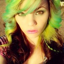 Green'yellow  and a lil bit of bluuu