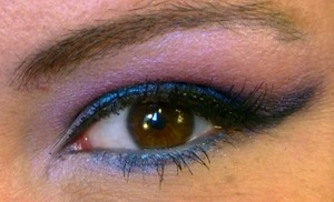 Purple and Blue Cut Crease-Close Up