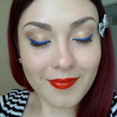 Closer look at my Electric Blue Playful Cat Eye<3