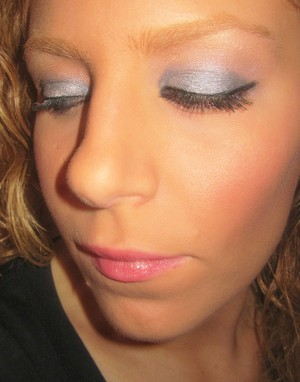 tarte emphaseyes charchol stick w/ sweet valley high powder on top and champagne stick under brow