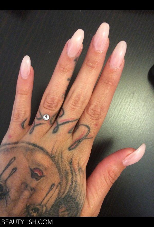 Nude pink almond nails kristine os photo beautylish solutioingenieria Images