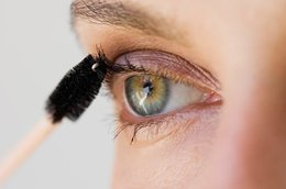 Makeup For Beginners: Mascara For Your Eye Shape