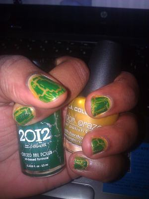 Tried the Cherimoya 2012 Crucify crackle over L.A. Colors Gold