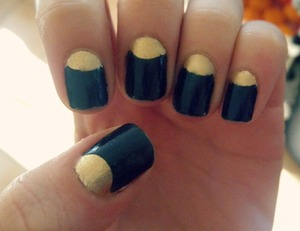 """4 day old manicure hahahaha ;D I used BYS nocturanl with some light gold l'oreal over luxe by orly ("""""""