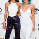 Kardashian sisters!