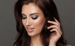 How to Create Charlotte Tilbury's The Rock Chick Look