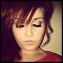 eye makeup/false eyelashes