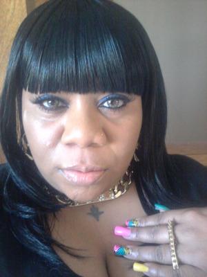 love jumbo eyeliners used as eyeshadow
