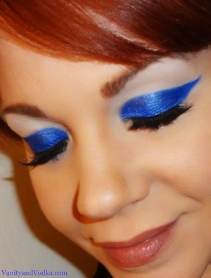 For more info, please visit VanityandVodka.com xoxo, Colleen :-)