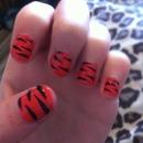 Tiger nails!!